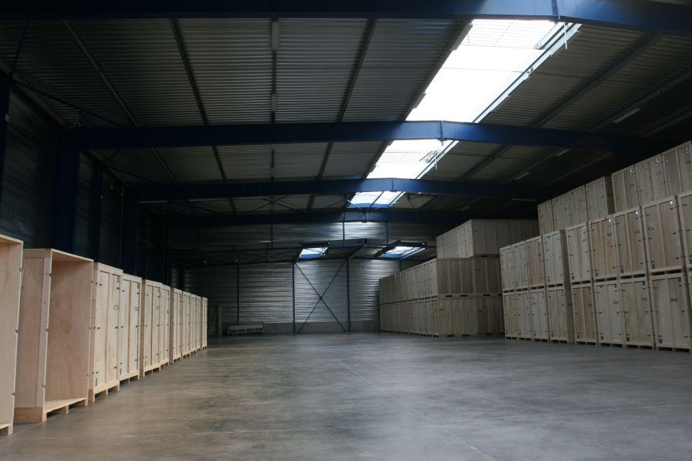 entrepôt de garde-meubles de 1000m²